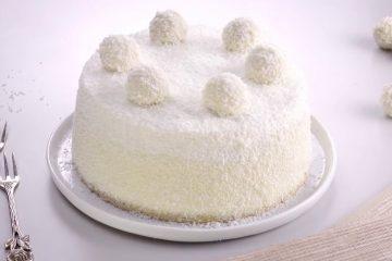 Торт получается очень нежный, легкий, вкусный и воздушный, но не совсем ПП